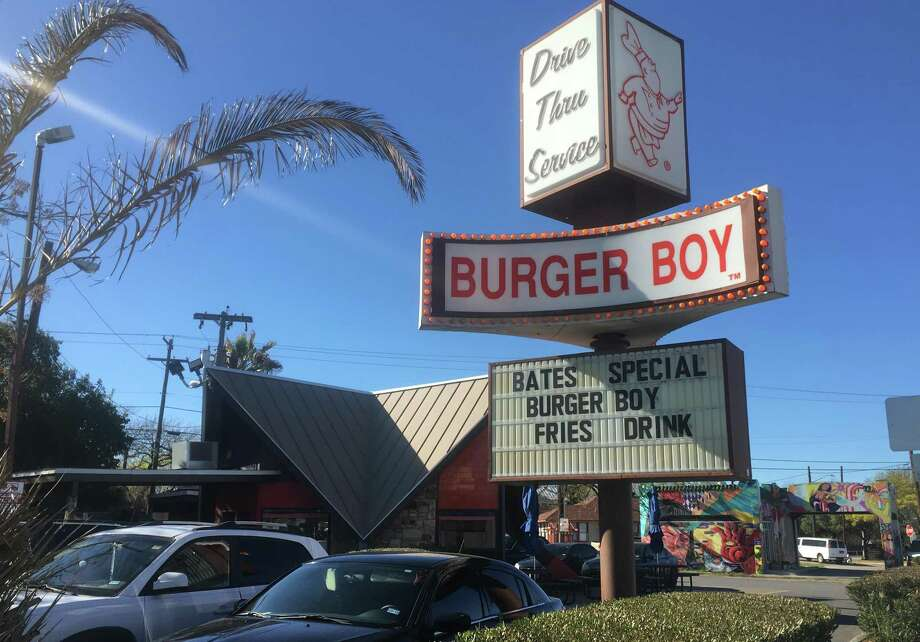 The exterior of the original Burger Boy restaurant at 2323 N. St. Mary's St. Photo: Chuck Blount /Staff