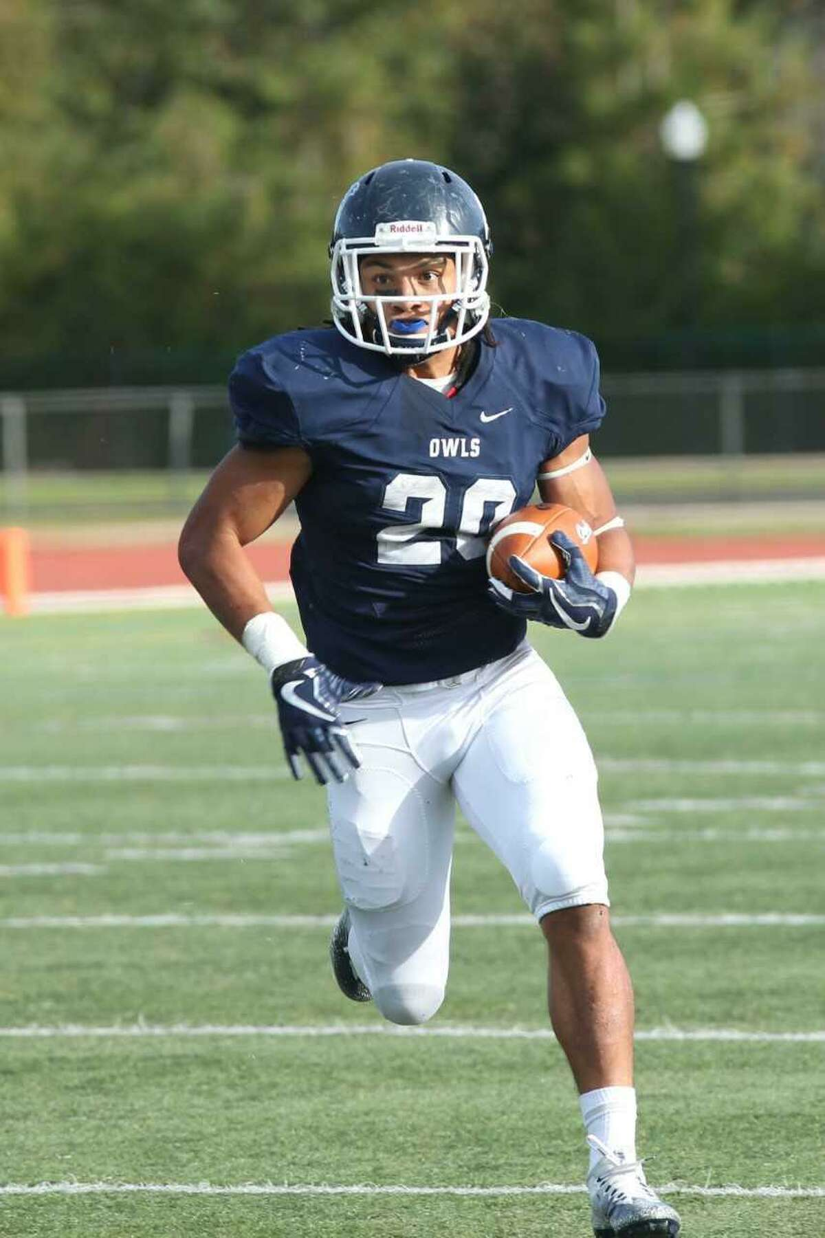 Southern Connecticut running back Eli Parks.