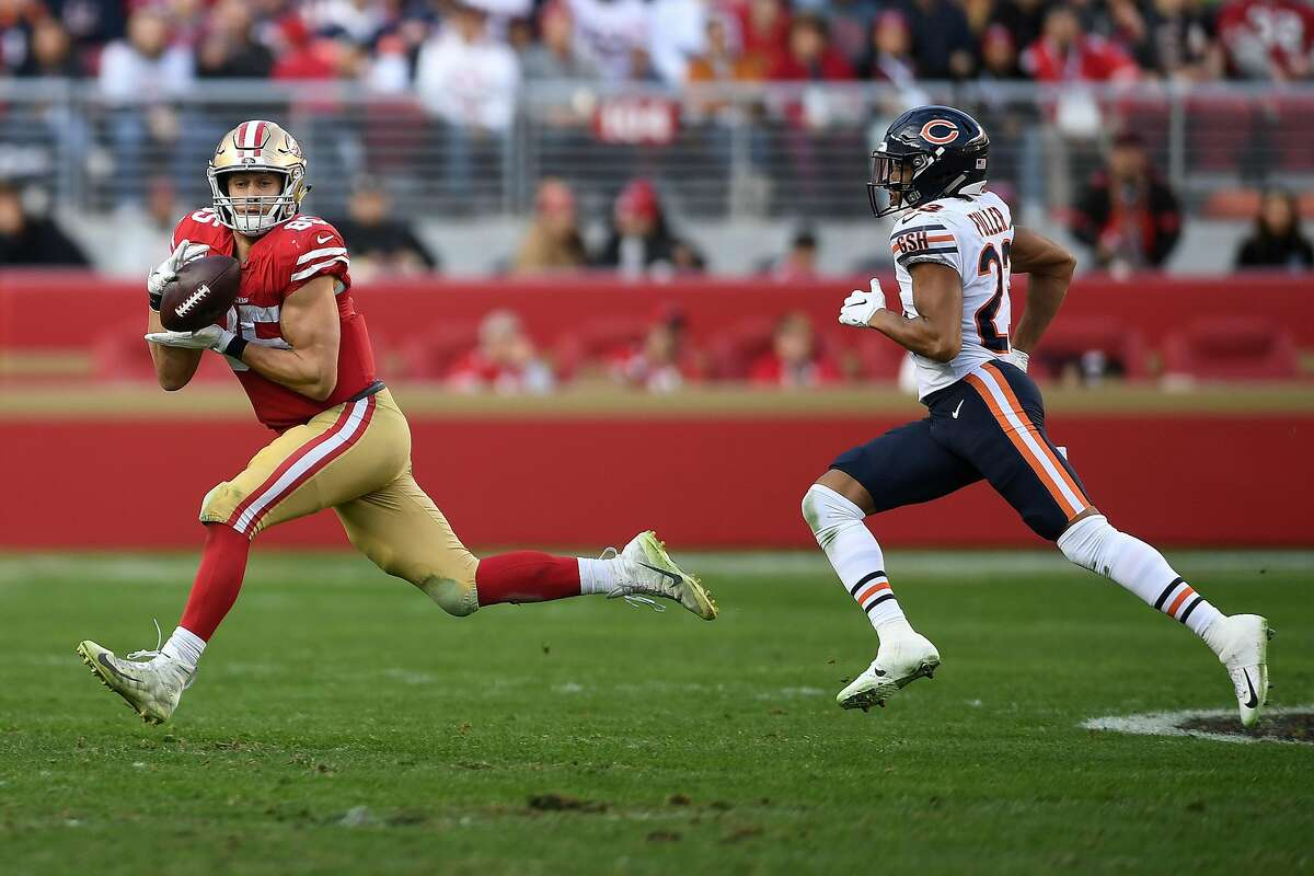 SANTA CLARA, CA - DECEMBER 23: George Kittle #85 of the San Francisco 49ers makes a catch against the Chicago Bears during their NFL game at Levi's Stadium on December 23, 2018 in Santa Clara, California. (Photo by Thearon W. Henderson/Getty Images)