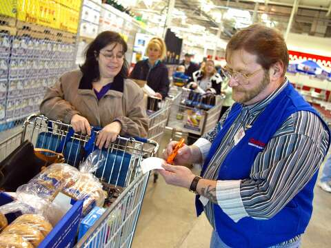 The surprising amount a Costco store manager can make - SFGate