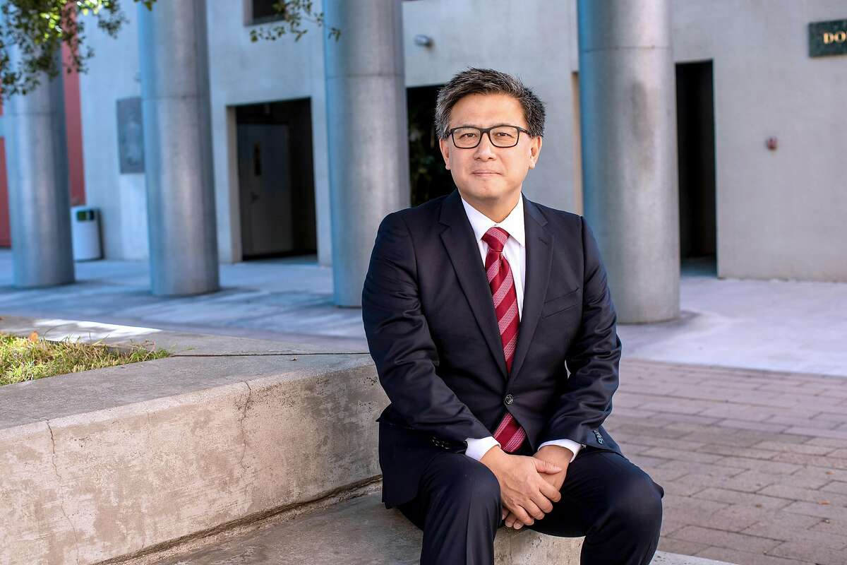 John Chiang, the California state treasurer, in Los Angeles, Dec. 19, 2018. California, along with several other states, is starting a savings program for people whose employers don't offer workplace 401(k) accounts or Individual Retirement Accounts. (Monica Almeida/The New York Times)