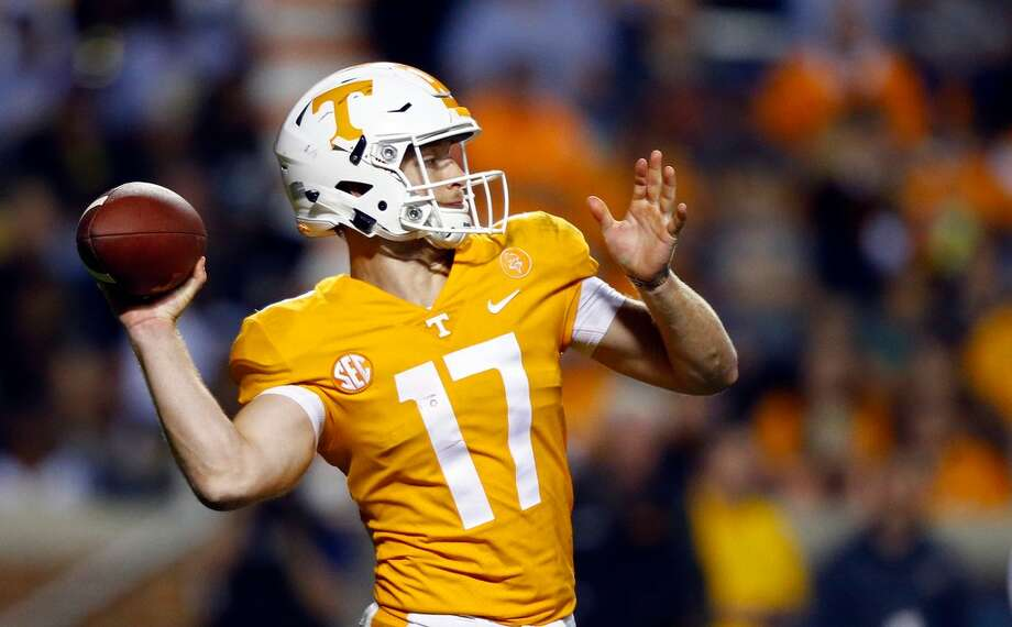 Tennessee quarterback Will McBride (17) throws to a receiver in the second half of an NCAA college football game against Southern Mississippi, Saturday, Nov. 4, 2017, in Knoxville, Tenn. Tennessee won 24-10. (AP Photo/Wade Payne) Photo: AP Photo/Wade Payne