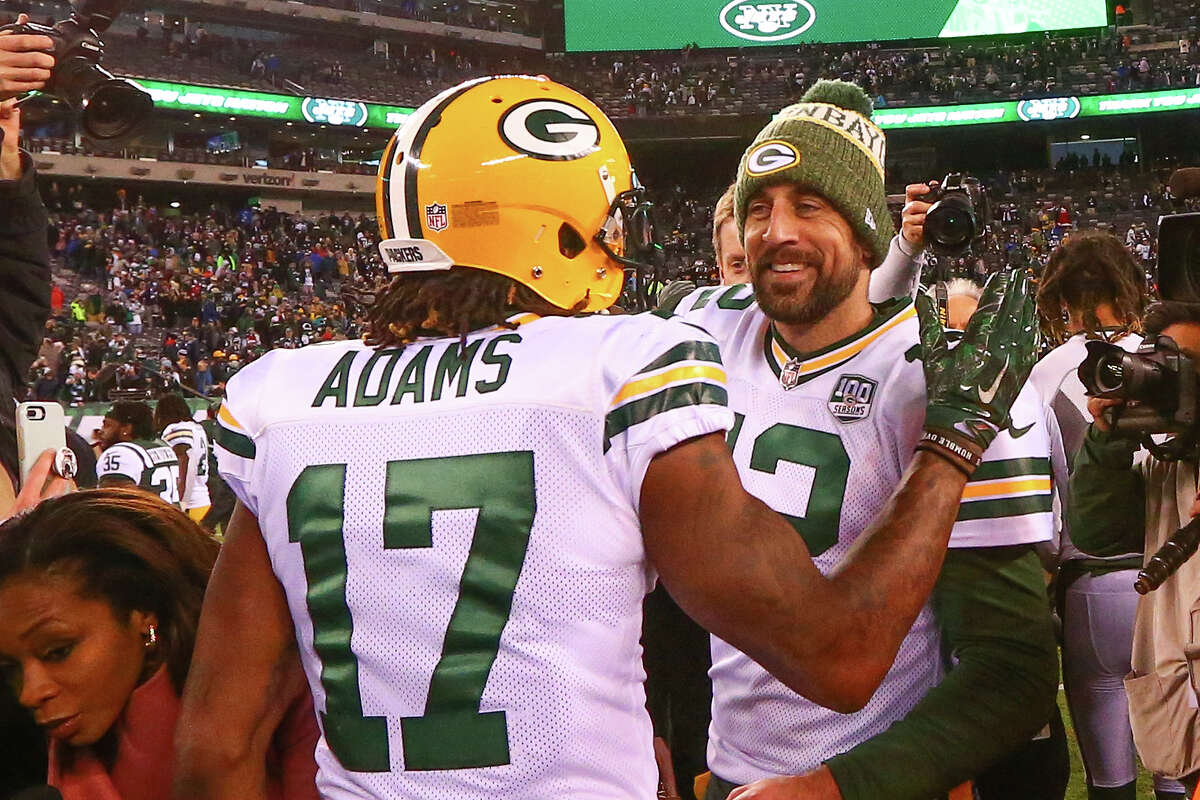 Detroit plus-7½ at Green Bay Packers 30-20
