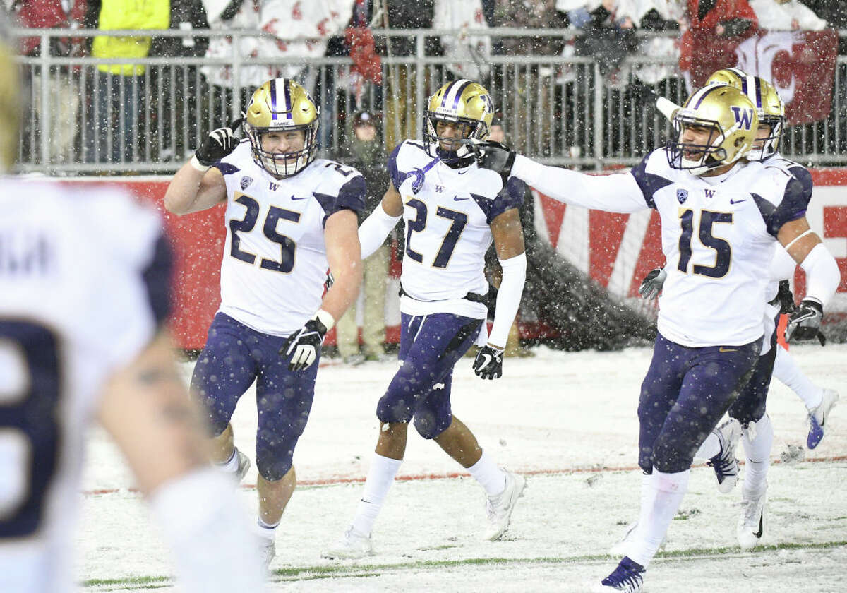 Passing yards allowed While their own passing attack might not be able to keep up with Ohio State, the Huskies bring an elite pass defense to the table. The Dawgs rank 21st in the FBS, and managed to hold opponents to a paltry 185.4 yards per game through the air. They'll be facing their stiffest challenge yet in Ohio State though - can the Husky secondary shut down Dwayne Haskins? That remains to be seen. The Buckeyes absolutely shredded Michigan's second-ranked pass defense with 396 yards and six touchdowns during the regular season, so don't expect them to be afraid of a tough Washington defense.