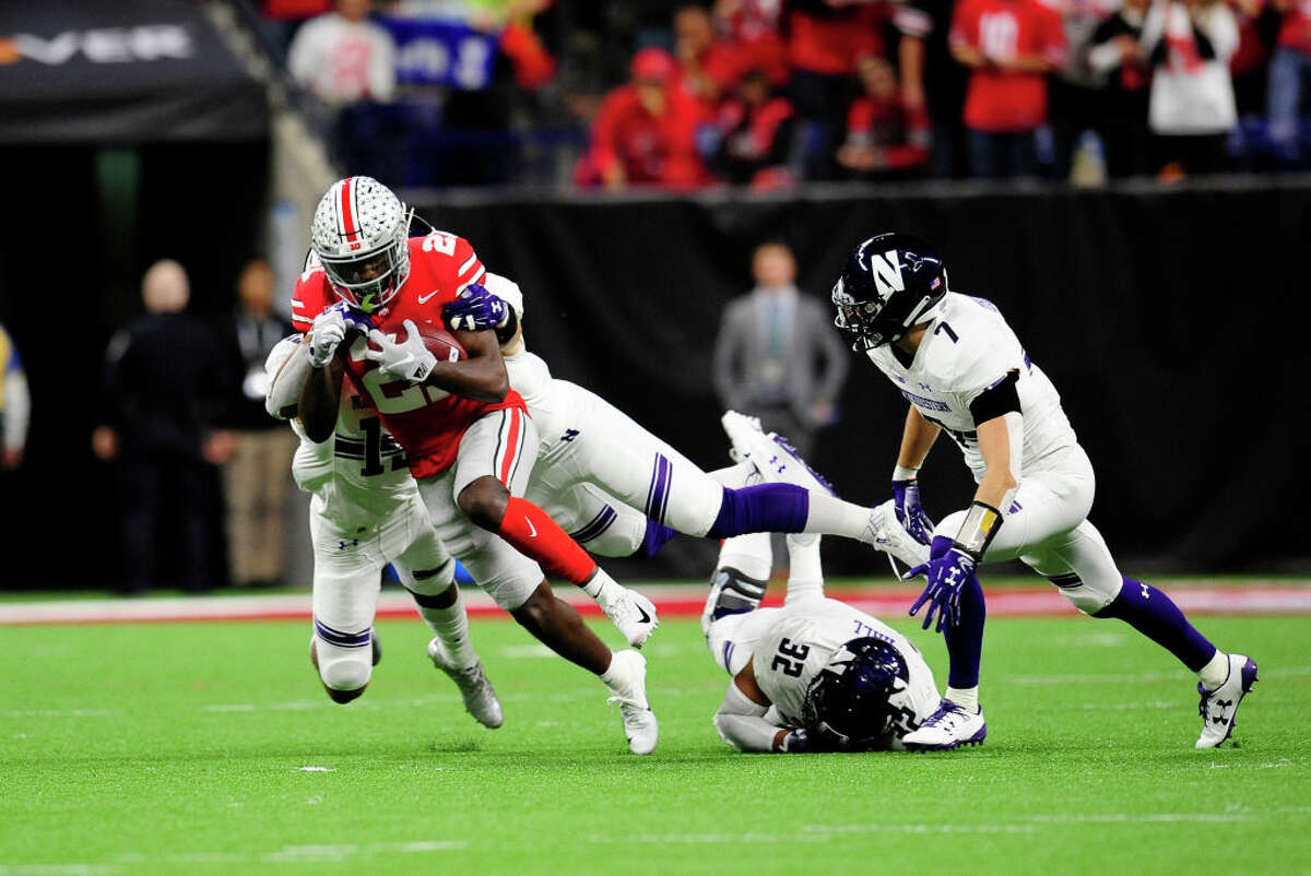 Third down conversion percentage Being able to extend drives is crucial, and picking up third down conversions is a key part of that. Both the Huskies and the Buckeyes rank in the top-25 for that metric, with the teams converting on 45.4 and 48.2 percent of their third down situations, respectively. This game could quite possibly come down to which team can stop the other from picking up those big plays.