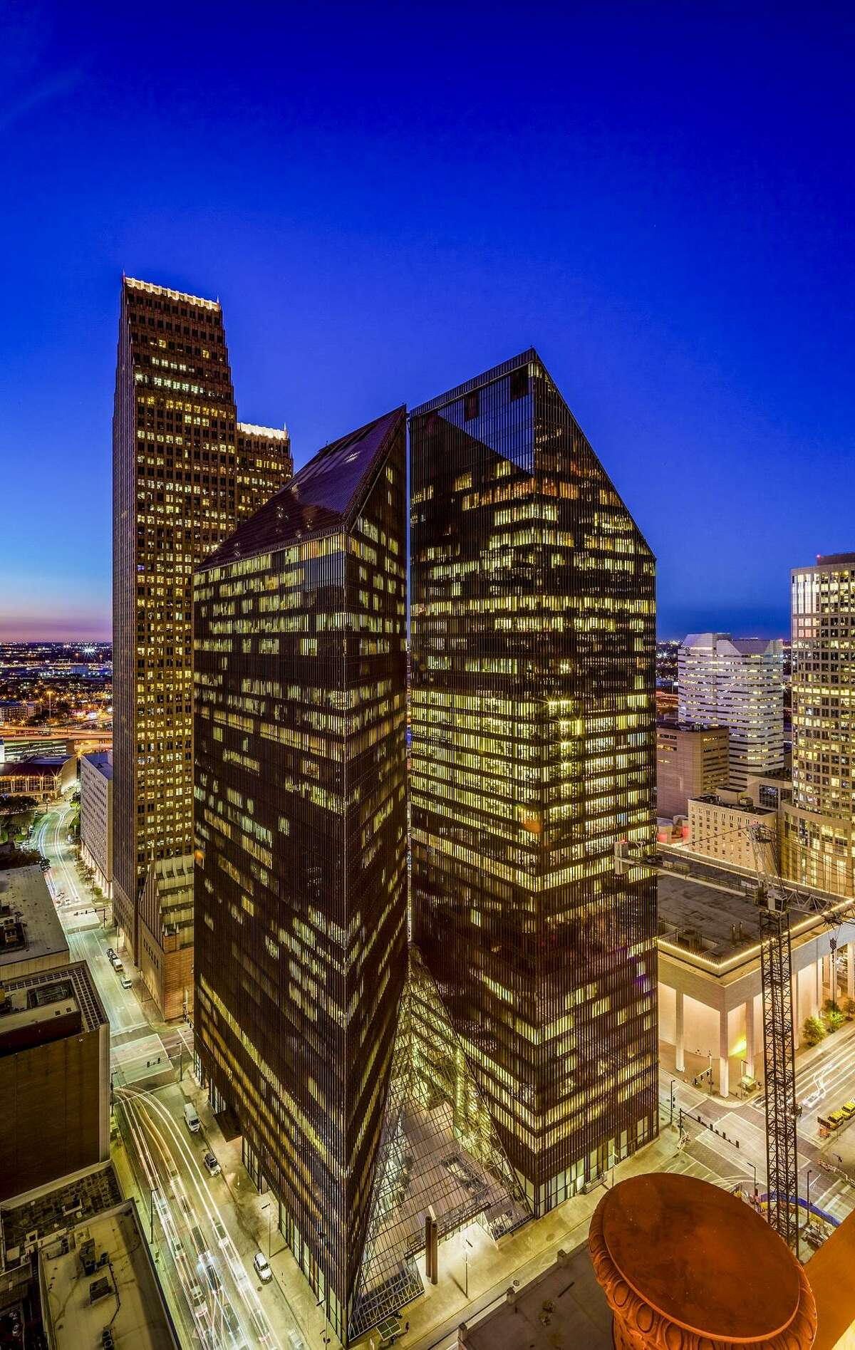 Bond Collective has leased 25,871 square feet at Pennzoil Placefor its first Houston location.