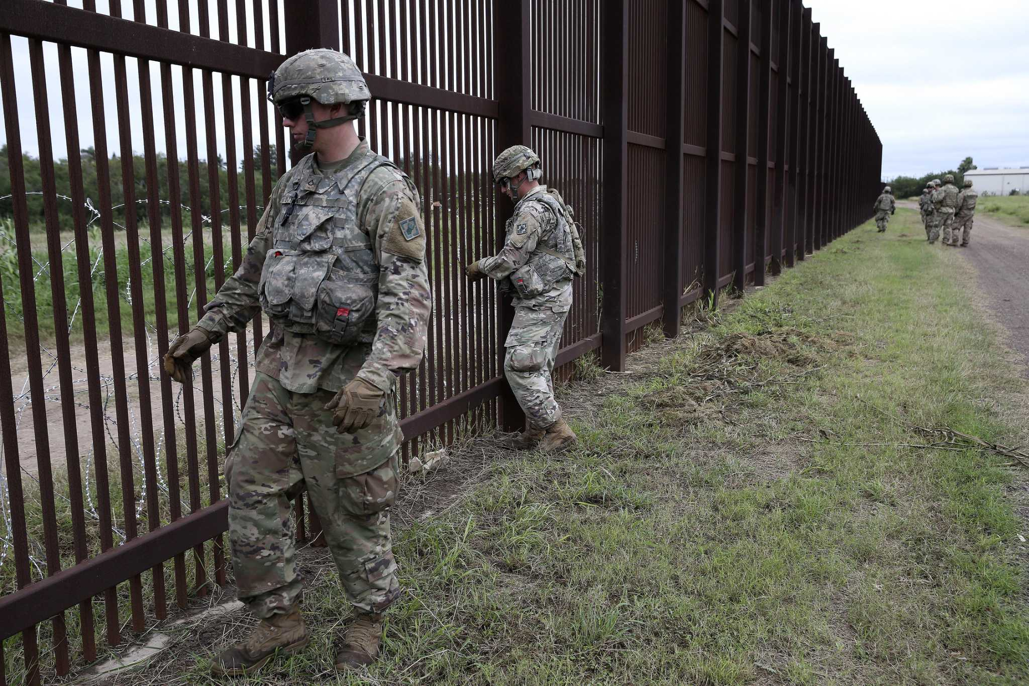 Troops Pulled From Border Some Now At San Antonio S Camp