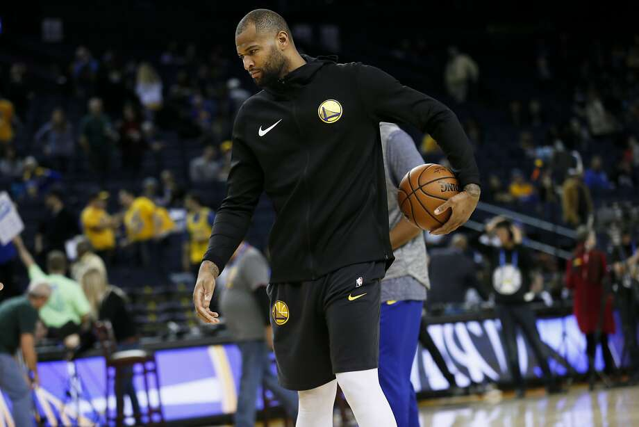 Golden State Warriors center DeMarcus Cousins (0) practices before an NBA game against the Dallas Mavericks at Oracle Arena on Saturday, Dec. 22, 2018, in Oakland, Calif. Cousins is currently on the injury list. Photo: Santiago Mejia / The Chronicle