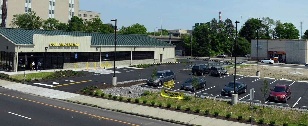 Dollar General recently opened a new store on Fairfield Avenue in Bridgeport, Conn. The locations is close to two Family Dollar stores including one almost directly across the street on John Street.