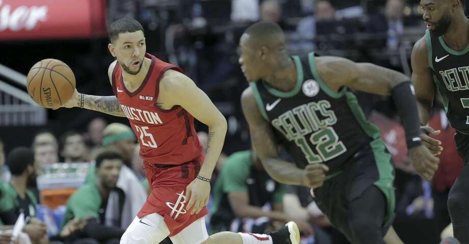 austin rivers particularly effective closing games for rockets