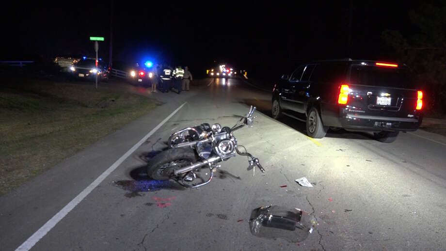 A motorcycle rider died in a crash on Nichols Sawmill Road and Indigo Lakes on Friday, Dec. 28, 2018. Photo: Scott Engle / Montgomery County Police Reporter