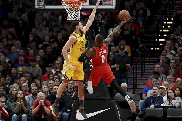 3c8a3b34e19c Klay Thompson snaps out of shooting slump as Warriors beat Blazers ...