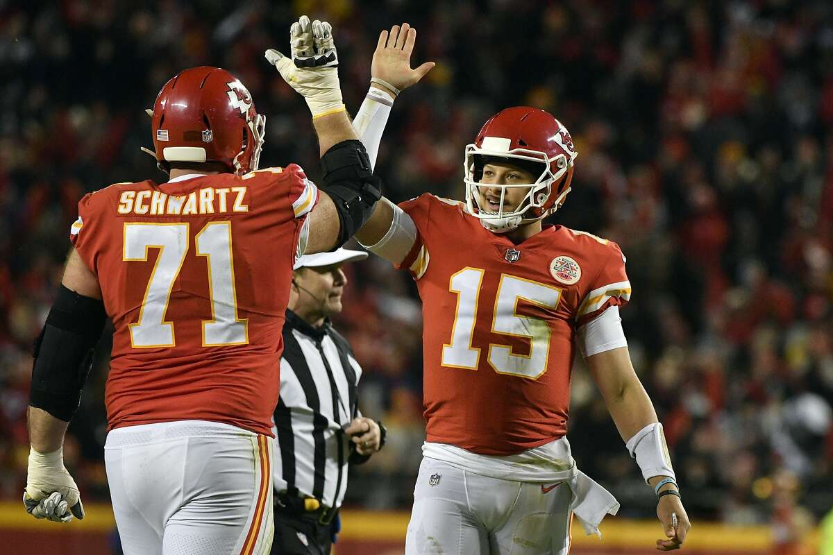 48. MITCHELL SCHWARTZ, OFFENSIVE TACKLE (CHIEFS)