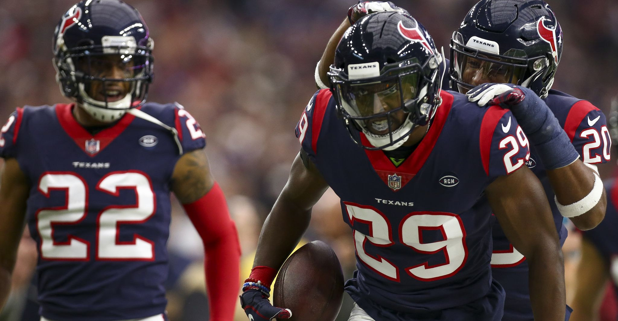 Texans' Andre Hal, a lymphoma survivor, intercepts third pass of season