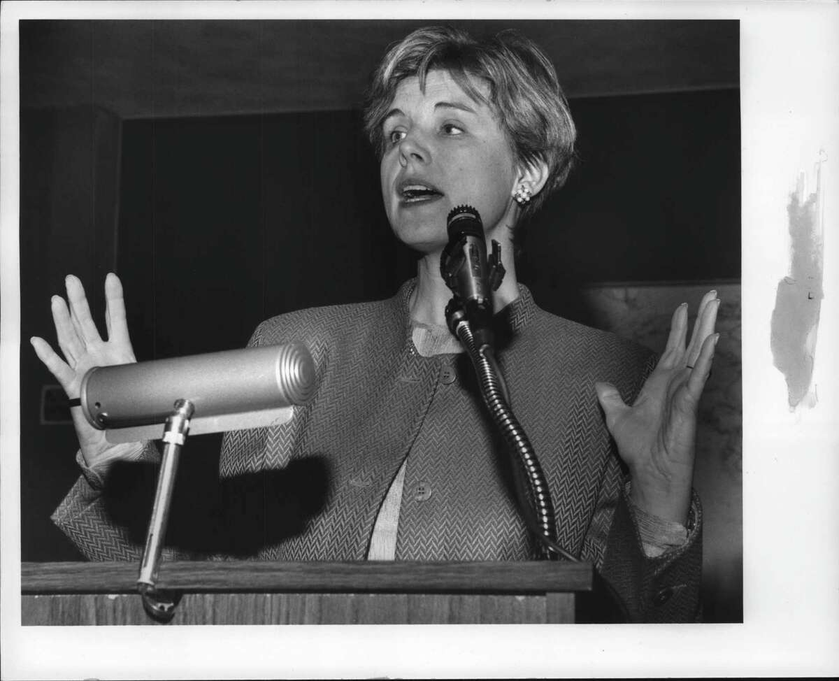 Author Sally Helgesen speaks at Women Student Leadership Conference held in Rensselaer Polytechnic Institute McNeill Room. November 6, 1993 (Luanne Ferris/Times Union Archive)