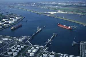 Aerial view of Moda Midstream's crude oil export terminal at the Port of Corpus Christi. The Ingleside facility received a VLCC-sized tanker that loaded up with 1.2 million barrels of oil.