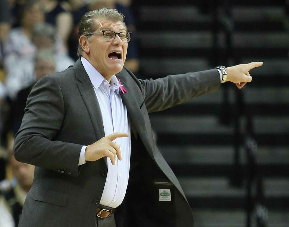 UConn head coach Geno Auriemma yells during against UCF on Dec. 22 at CFE Arena in Orlando, Fla. Photo: Stephen M. Dowell / TNS / Orlando Sentinel