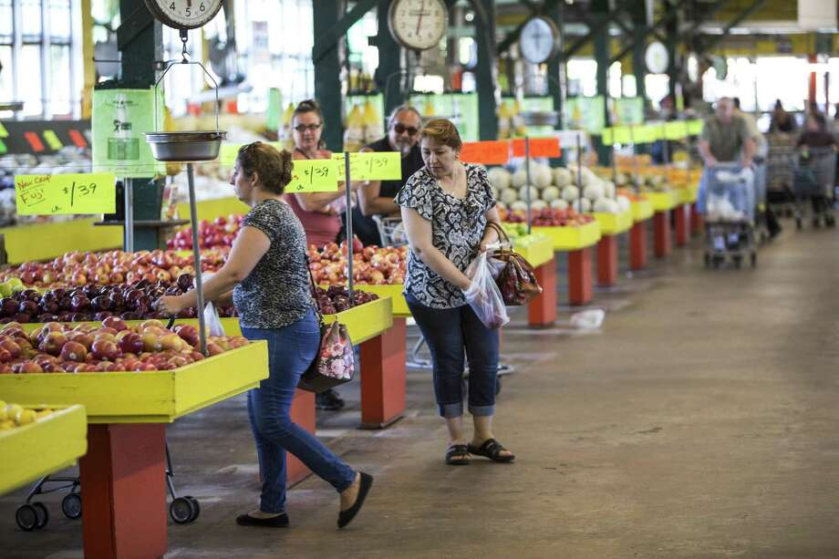 Canino's planning to close in Heights farmers market