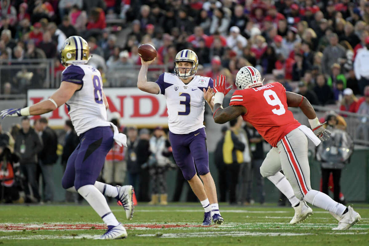 2. Jake Browning's final game matched up with his season Yes, Browning is Washington's all-time passing leader. Yes, he had that amazing, 43-touchdown sophomore year. No, he did not play particularly well this season. At times he flashed tremendous talent, but also struggled to consistently produce results. The Rose Bowl was no different, as Browning blended perfect throws with ones that seemed about a million miles being his targets. He threw for 313 yards and no picks, but also failed to find the end zone. It wasn't fun for Husky fans to watch, but it also wasn't shocking if you've followed Browning's senior season.