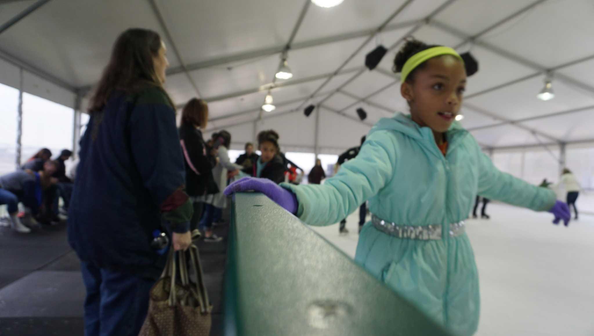 Ice rink at Valley Ranch garners warm reception - Houston ...