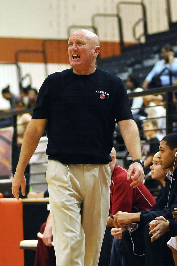 Pearland head coach Steve Buckelew has seen his team become a perennial playoff squad in his tenure with the Oilers. Photo: KIRK SIDES / Kirk Sides
