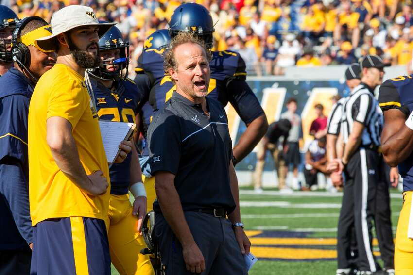 Holgorsen's assistants It's thought that Holgorsen will bring David Gibbs back to Houston as defensive coordinator. Gibbs was the UH defensive coordinator for two seasons before leaving for the same job at Texas Tech in 2015. It's unclear who Holgorsen will want as an offensive coordinator. Jake Spavital was Holgorsen's offensive coordinator at West Virginia, but he recently was named head coach at Texas State. Tyron Carrier was Holgorsen's wide receivers coach at West Virginia, and he played at UH and Worthing High School. West Virginia offensive line coach Joe Wickline is highly thought of in coaching circles and would be another good hire at UH.