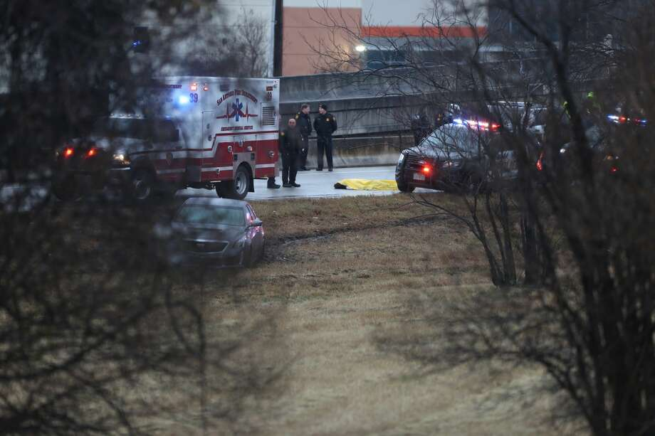 San Antonio police responded to an alleged officer involved shooting Jan. 2, 2018 near Austin Highway and Perrin Creek. Photo: William Luther/San Antonio Express-News