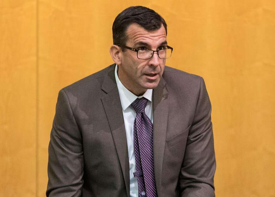 San Jose Mayor Sam Liccardo arrives to attend a City Council meeting at San Jose City Hall in San Jose, Calif. on Tuesday, Dec. 11, 2018. Photo: Jessica Christian / The Chronicle