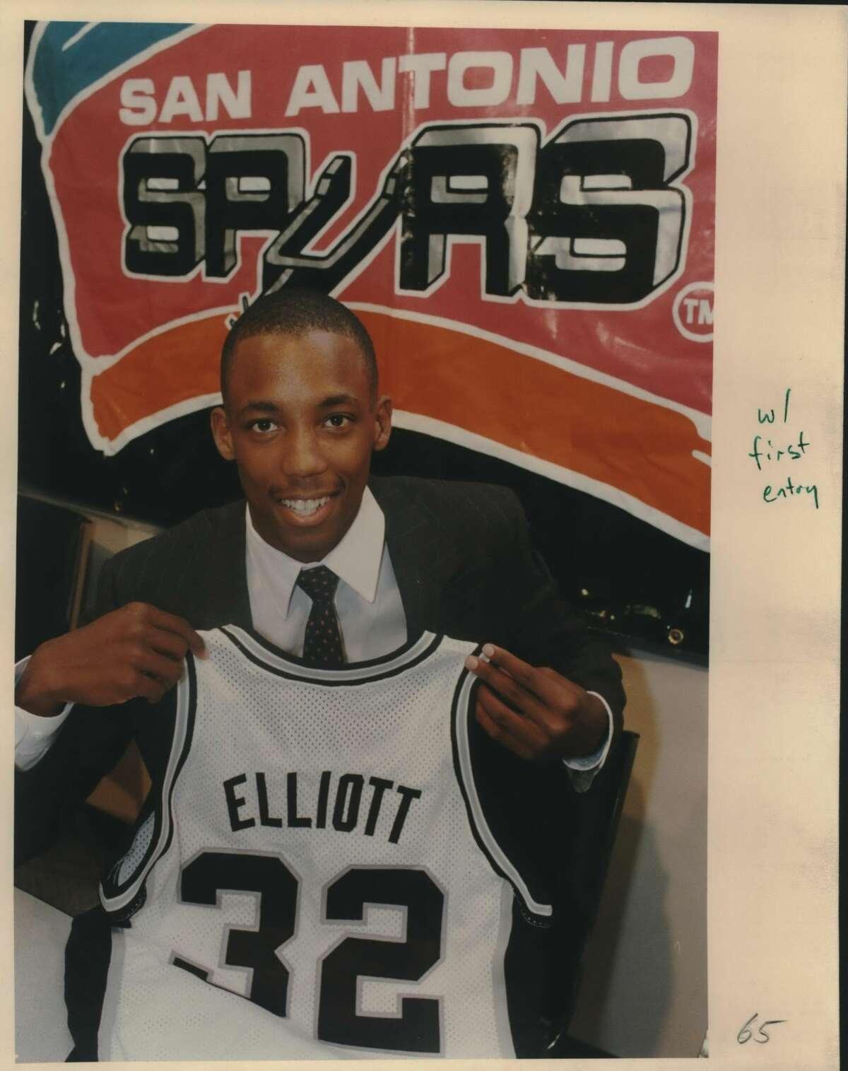 Basketball; San Antonio Spurs; Sean Elliott