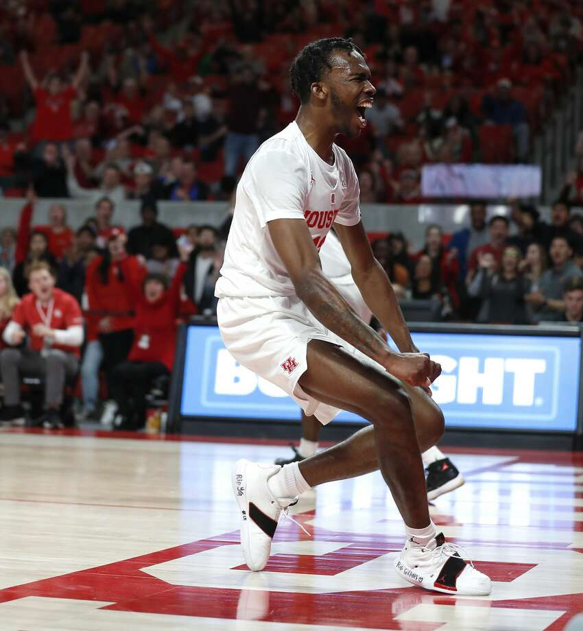 Houston Cougars guard Dejon Jarreau (13) screams after dunking the ball during the second half of an NCAA Men's basketball game at Feritta Center, Wednesday, Jan. 2, 2019, in Houston. Photo: Karen Warren/Staff Photographer