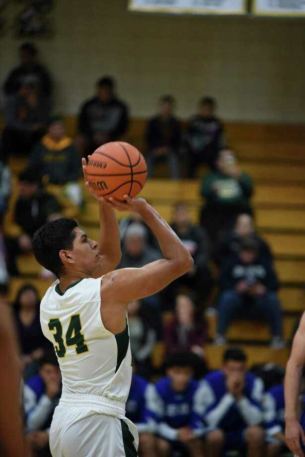 Martin Tovar and Nixon play McAllen Tuesday at 7 p.m. in Zapata in their playoff opener. Photo: Christian Alejandro Ocampo /Laredo Morning Times File / Laredo Morning Times