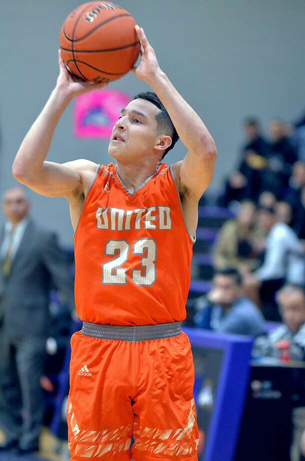 Andy Pompa scored a game-high 22 points Monday including three 3-pointers in the first half as United rolled 55-35 in its playoff opener at Mission. Photo: Cuate Santos /Laredo Morning Times File
