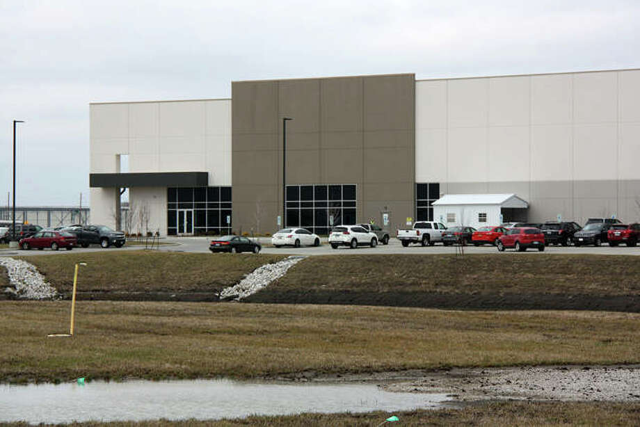 The GEODIS Building is one of many logistics and warehouse buildings that comprise the Gateway Commerce Center area in Edwardsville. Photo: Charles Bolinger | The Intelligencer
