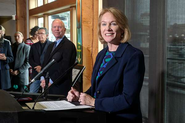 Seattle Mayor Jenny Durkan hailed the forthcoming construction of a downtown waterfront park at a Thursday press conference at the Seattle Aquarium. The $712 million project will include a 20-acre park and easier access to Pike Place Market, she said.