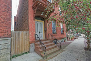 House of the Week: 896 River St., Troy   Realtor:   Barbara Higbee of Re/Max Platinum    Discuss:  Talk about this house