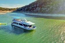 Margaritaville Houseboat on Lake Travis Average price per night: $793 Sleeps: 2