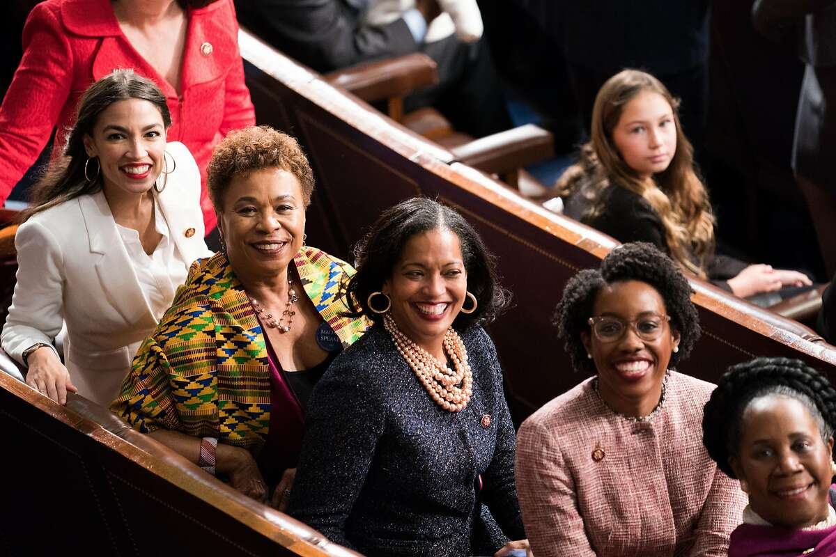 From left, Reps. Alexandria Ocasio-Cortez (D-N.Y.), Barbara Lee (D-Calif.), Jahana Hayes (D-Conn.), Lauren Underwood (D-Ill.), and Sheila Jackson Lee (D-Texas) in the House Chamber on Thursday, Jan. 3, 2019. Right on schedule, the House gaveled in for the 116th Congress, with Democrats now in control. (Erin Schaff/The New York Times)