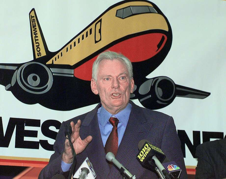FILE - In this Dec. 9, 1998, file photo, Southwest Airlines President and CEO Herb Kelleher speaks at a news conference at MacArthur Airport in Islip, N.Y. Not many CEOs dress up as Elvis Presley, settle a business dispute with an arm-wrestling contest, or go on TV wearing a paper bag over their head. Southwest confirmed Kelleher died on Thursday, Jan. 3, 2019. He was 87. (AP Photo/Ed Betz, File) Photo: Ed Betz, Associated Press