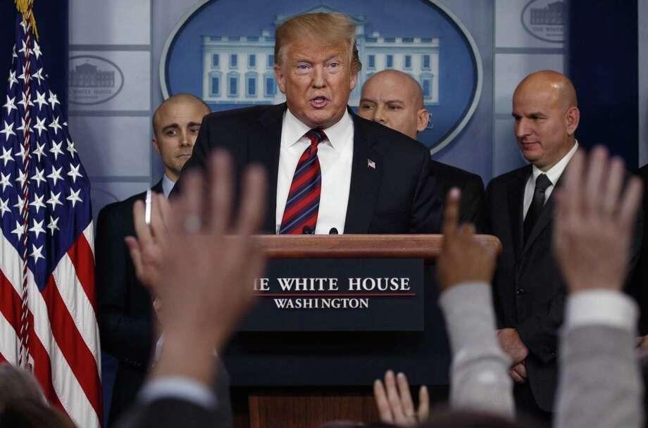 El presidente Donald Trump habla con los periodistas en la sala de prensa de la Casa Blanca, el jueves 3 de enero de 2019, en Washington. Photo: Evan Vucci /Associated Press / Copyright 2019 The Associated Press. All rights reserved.