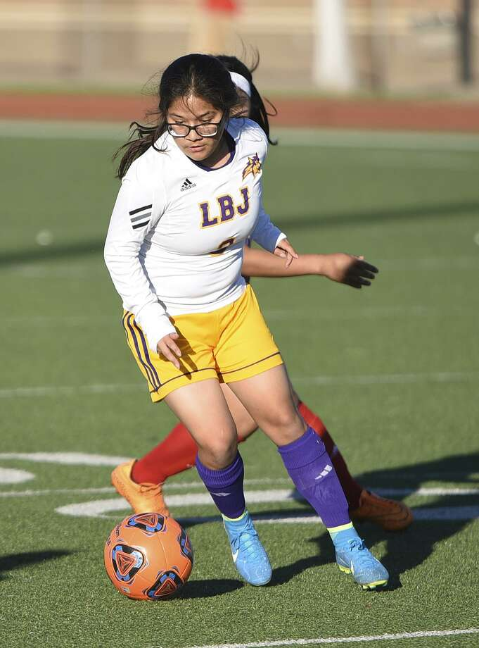 LBJ (10-16-5, 4-5-2) is looking for its first postseason berth since the 2009 season as it plays United South Monday. Photo: Danny Zaragoza /Laredo Morning Times File / Laredo Morning Times