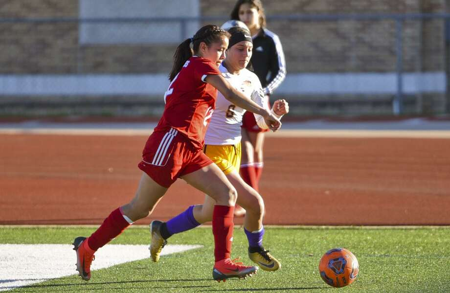 Jackeline Torres had the lone goal for Martin Friday in a 1-1 draw with rival Nixon at Shirley Field. Photo: Danny Zaragoza / Laredo Morning Times File / Laredo Morning Times