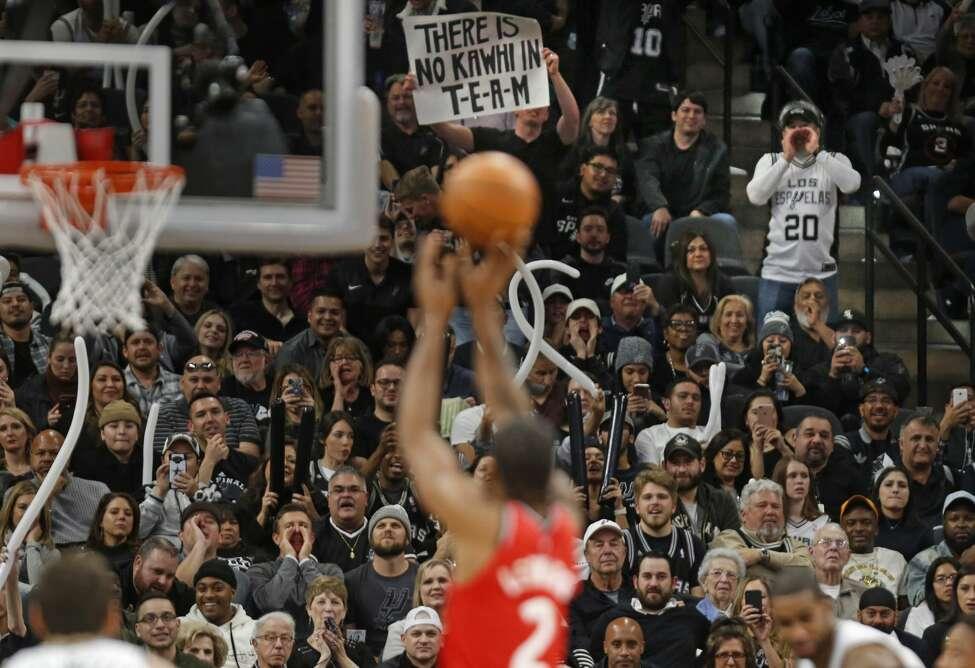 San Antonio fans jeer as Kawhi Leonard #2 of the Toronto Raptors takes a foul shot at AT&T Center on January 3, 2019 in San Antonio, Texas.