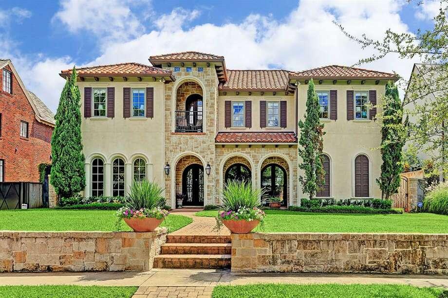 10.1911 North BoulevardHouse sold: $2.5 million - $2.9 million6,990 square feetGreenwood King Properties - Jennifer Pye          Photo: Houston Association Of Realtors