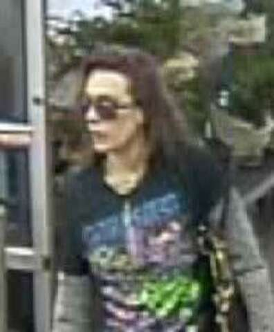 Walmart shoplifting suspect in Spring shows knife, flees in