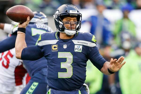 low priced f4fb6 7665c Russell Wilson does jersey swaps with Neymar, Ronaldo in ...