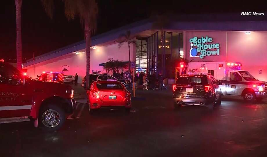 3 Killed 4 Injured In California Bowling Alley Shooting Sfgate