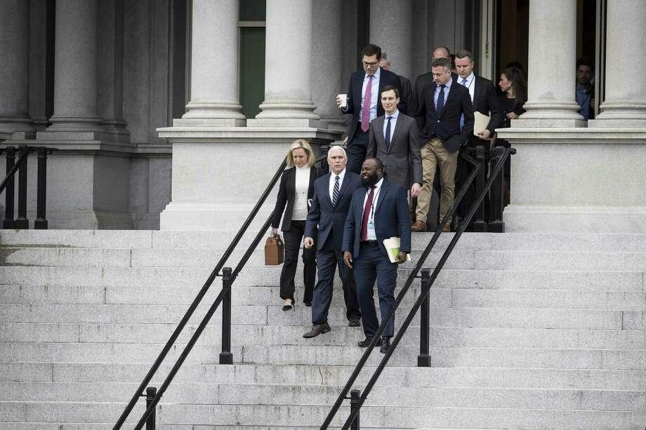 El Vice presidente Mike Pence dirigió una negociación adminsitrativa con asistentes del congreso de ambos partidos y otra junta está programada para mañana, aunque hay pocas esperanzas de llegar a un acuerdo. Photo: Sarah Silbiger /NYT / NYTNS