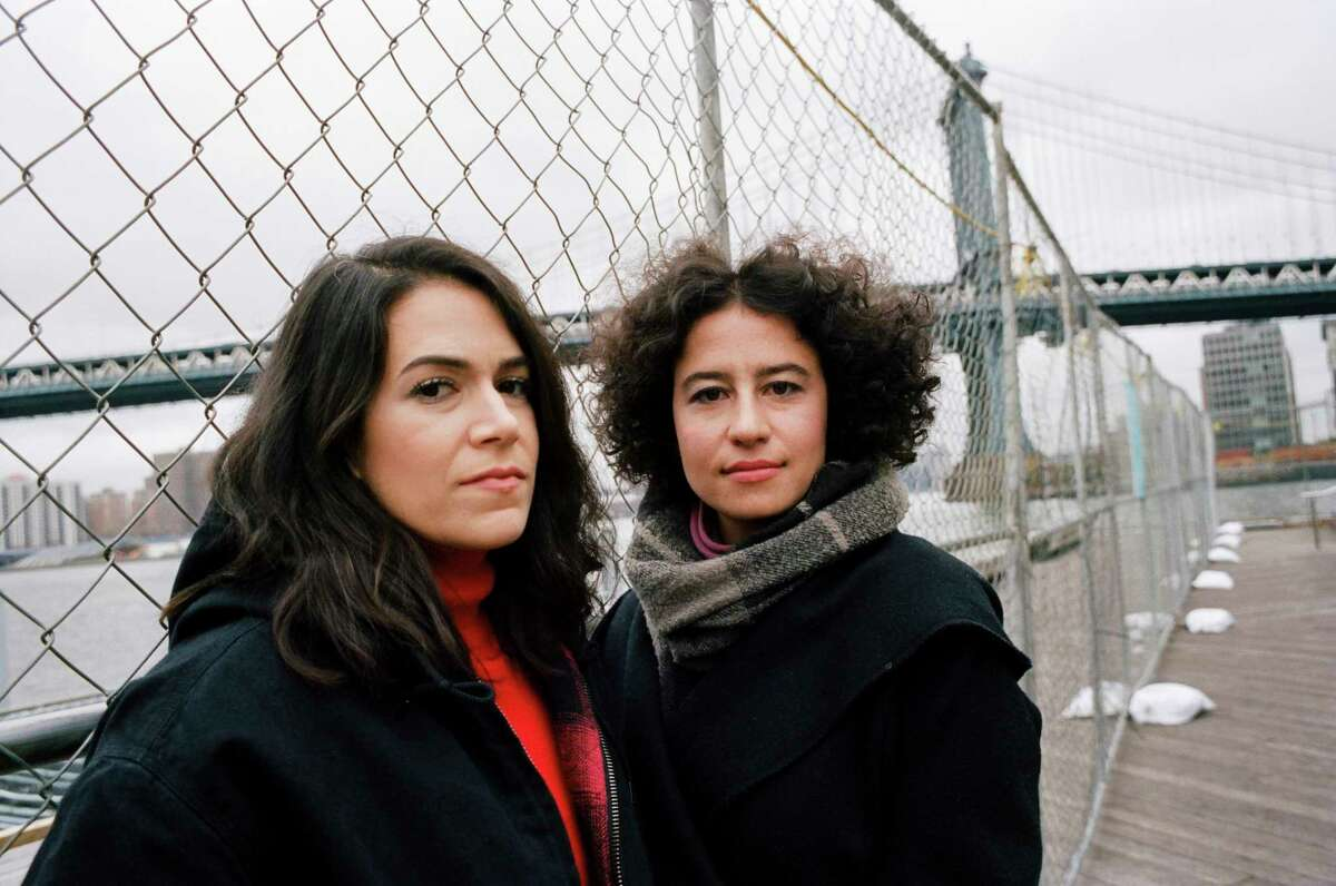 """Ilana Glazer, right, and Abbi Jacobson of """"Broad City"""" in Brooklyn, Dec. 14, 2018. The coming season, which makes its debut on Jan. 24, will be its last. (Daniel Arnold/The New York Times)"""