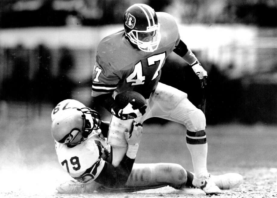 9/13/1987, 6/1991 Denver running back Gerald Willhite after earning the starting job for the first time in his 6 year career went down injured on this play with a knee injury sustained at the hands of Seattle's Jacob Green. Credit: The Denver Post (Denver Post via Getty Images) Photo: Denver Post/Denver Post Via Getty Images