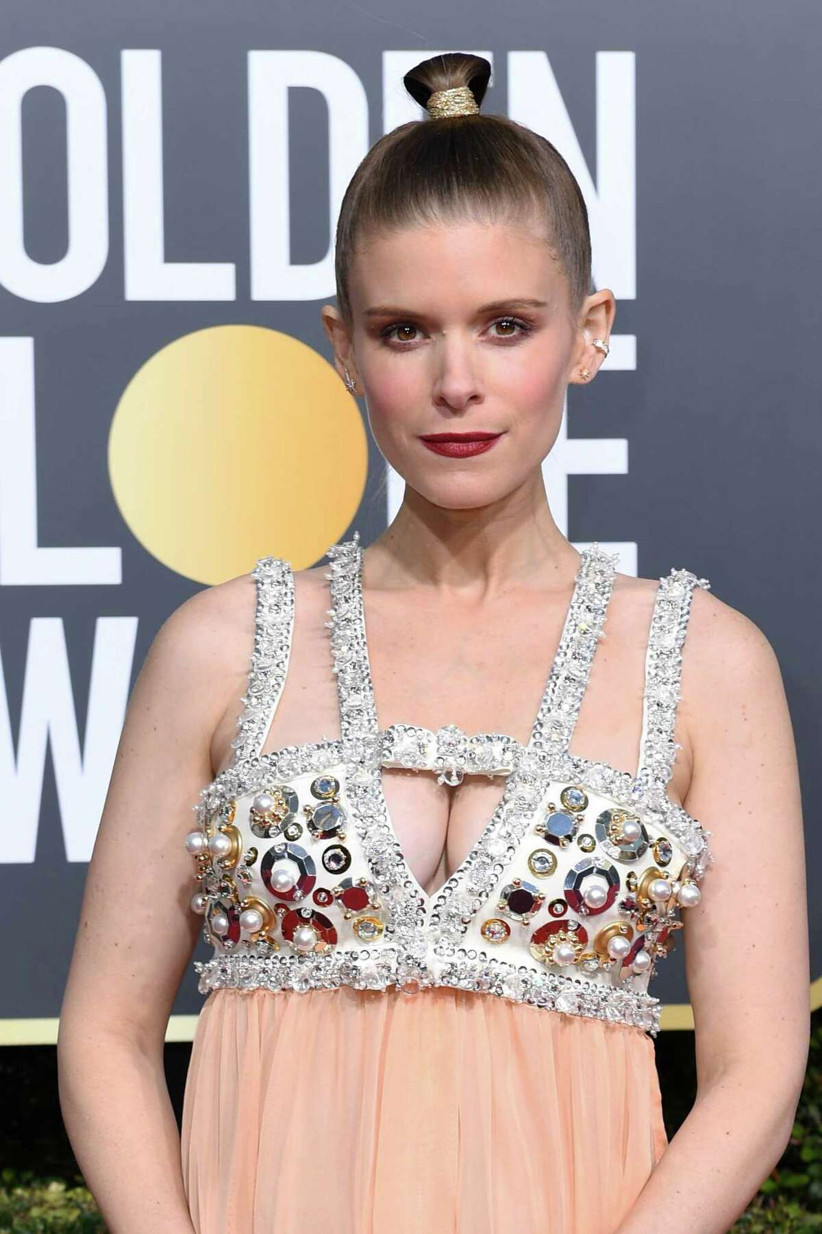 US actress Kate Mara arrives for the 76th annual Golden Globe Awards on January 6, 2019, at the Beverly Hilton hotel in Beverly Hills, California. (Photo by VALERIE MACON / AFP)VALERIE MACON/AFP/Getty Images